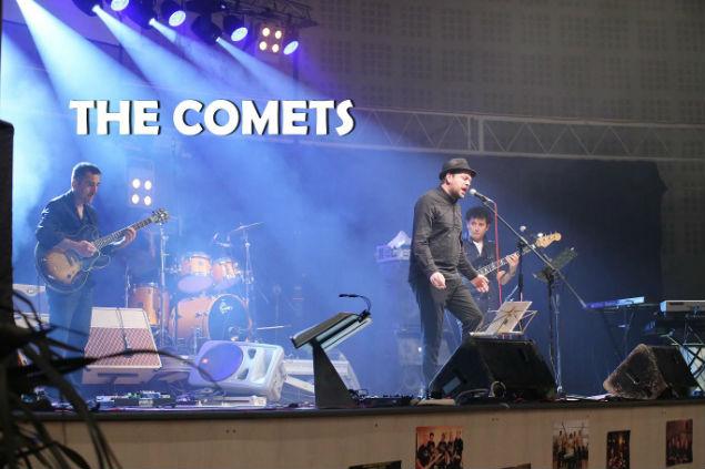01 - comets